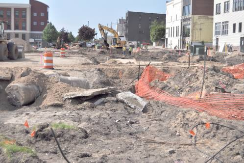 City plans to take out $3.3 million in loans to pay for parking lot, street repairs
